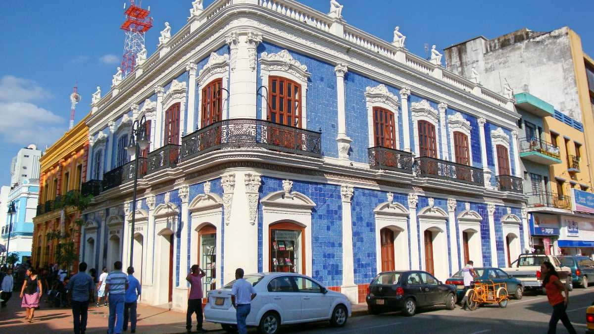 Museo de historia de tabasco casa de los azulejos for Casa de los azulejos ciudad de mexico